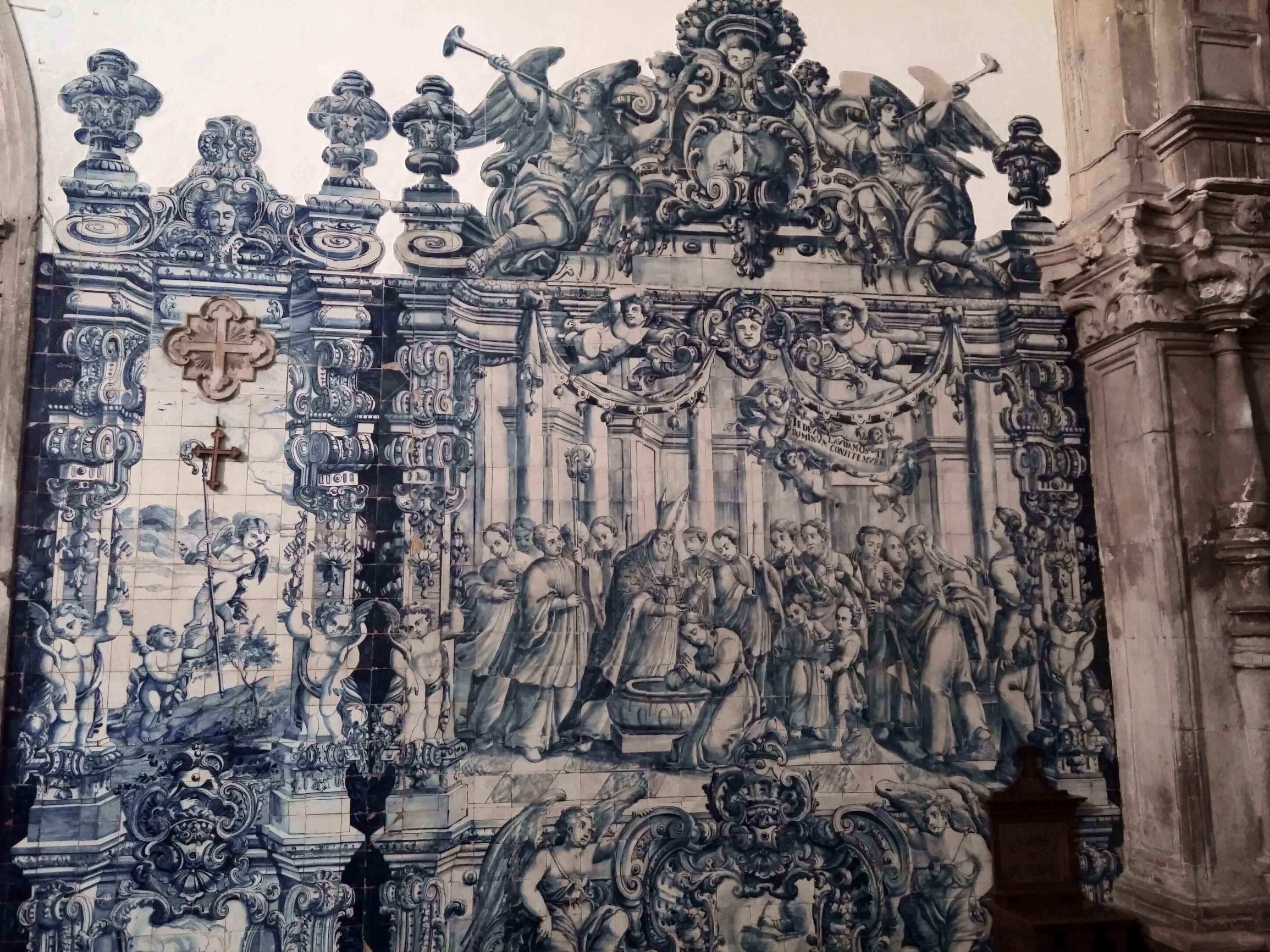 Rondreizen Portugal Coimbra kerk mozaiek