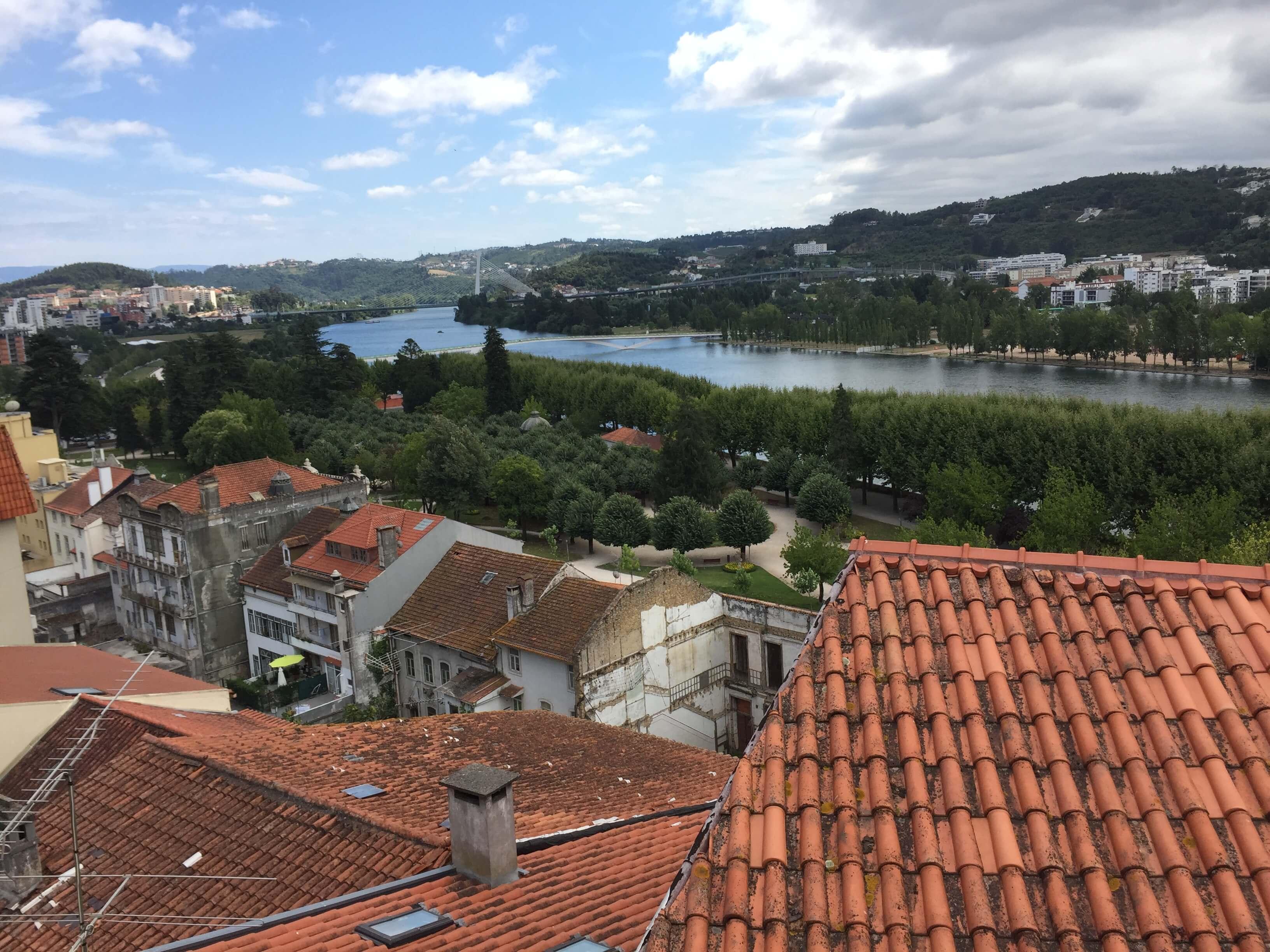 Rondreizen Portugal Coimbra oud naar nieuw