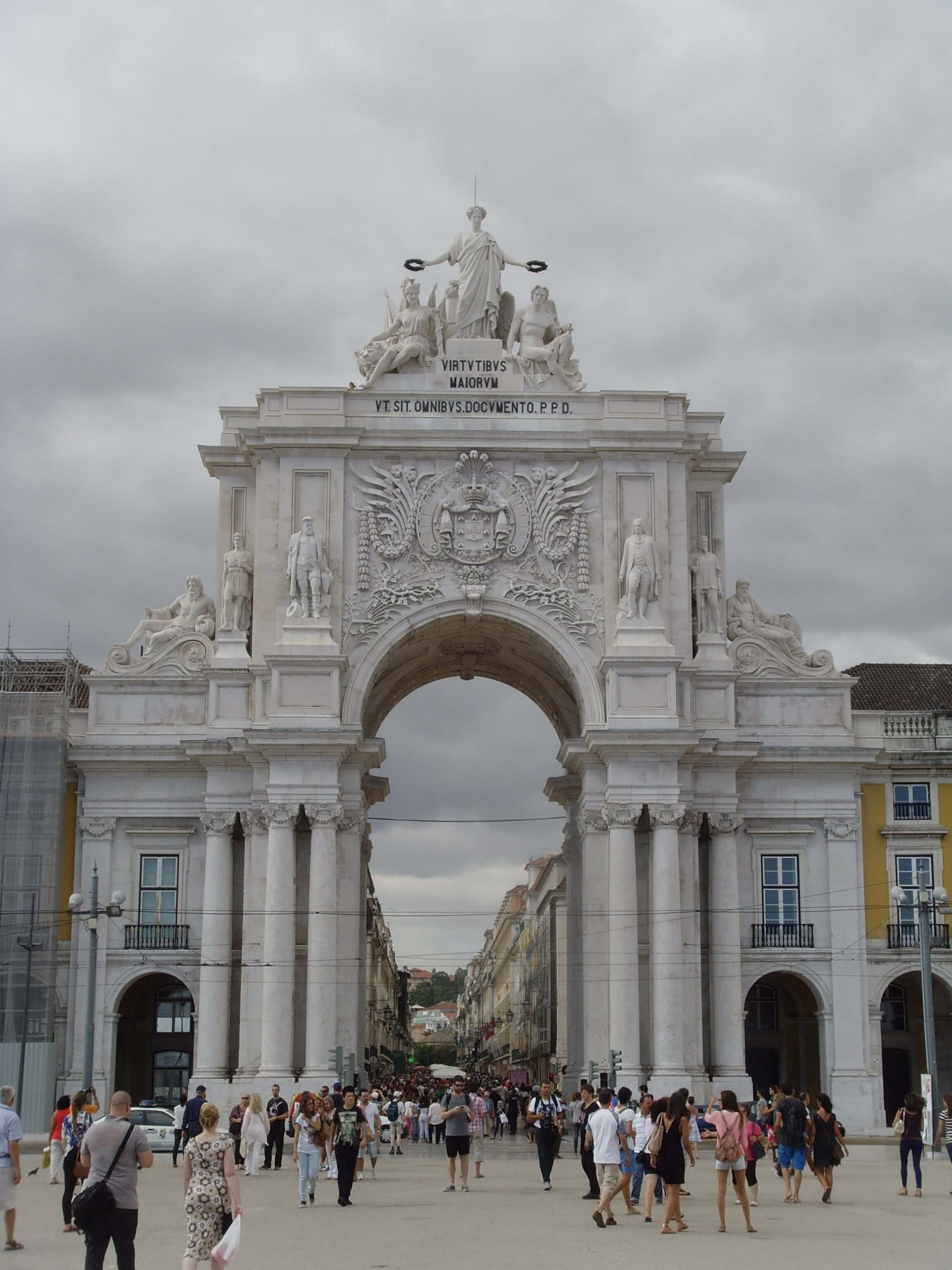 Rondreizen Portugal Lissabon stadspoort