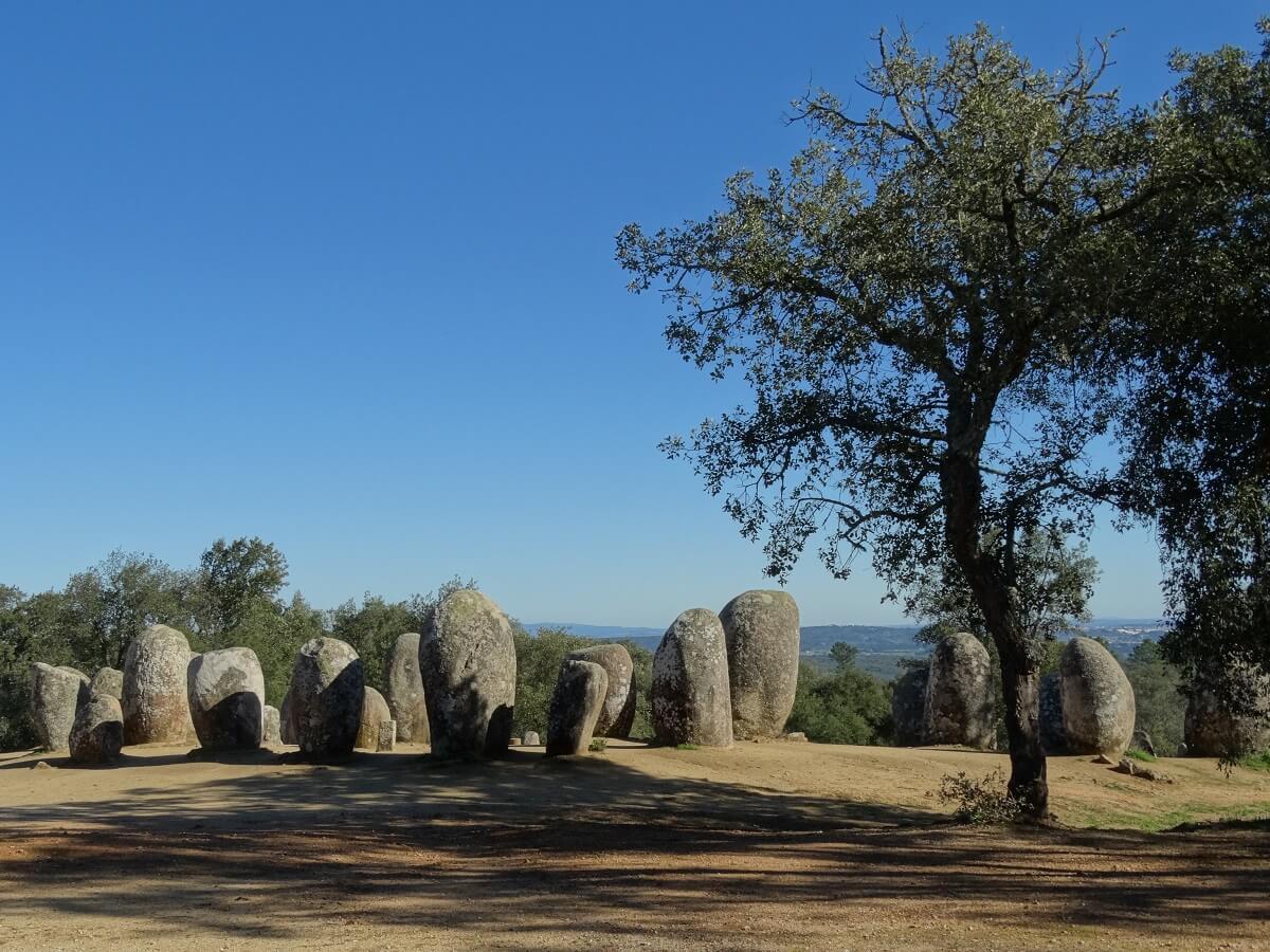 Prehistorisch Monument Cromlech-100 Menhirs